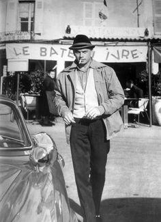 St. Tropez, 1960.  Yul Brynner. via tumblr voxsartoria