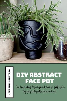In deze blog laat ik zien hoe je zelf zo'n tof gezichtspotje kan kleien! #blog #diy #facepot #gezichtspot #faceplanter #plantenpot #plantstyling #kleien Abstract Faces, Diy Ideas, Diys, Planter Pots, Garden, Blog, Garten, Bricolage, Lawn And Garden
