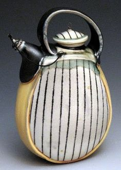 Lorna Meaden - Contemporary teapot vertical design #ceramics #pottery