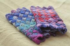Entrelac mittens by batixa on Flickr
