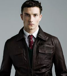 Jacket, Sweater, Tie. Zara Man.