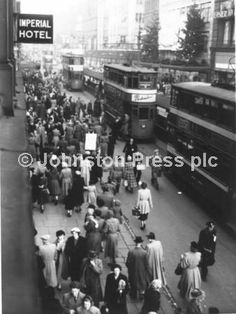 Yorkshire England, West Yorkshire, Old Pictures, Old Photos, Imperial Hotel, Leeds City, My Town, British Isles, Public Transport