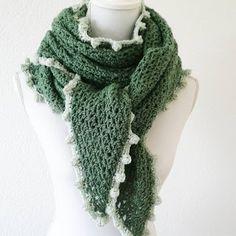 Created by Carolien Crochet Shawls And Wraps, Crochet Poncho, Crochet Scarves, Knitting, Inspiration, Accessories, Crochet Tutorials, Scarfs, Fashion
