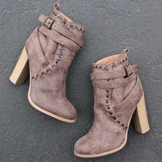 fairest ankle boot of them all (more colors) - shophearts - 1