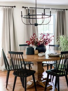 Windsor Dining Chairs, Solid Wood Dining Chairs, Dining Chair Set, Black Dining Room Chairs, Dining Chair Makeover, Dining Room Table Decor, Dining Nook, Kitchen Chairs, Industrial Dining