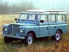 Land Rover Series III 109