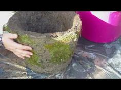 Beton giessen - Hypertufa mit eingearbeitetem Moos - YouTube