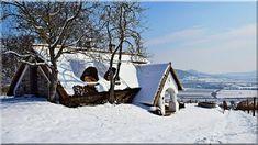 Eladó Ház, Balaton- felvidéki parasztház - Lakberendezési stílusok Cottage Homes, Pergola, Sweet Home, Cabin, Country, House Styles, Outdoor, Hungary, Home Decor