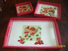 bandejas pintadas a mano y diseños de decoupage