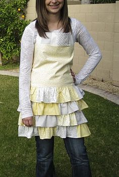 """""""sunkissed aprons"""" free sewing pattern"""