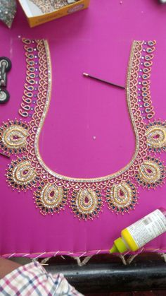 Wedding Saree Blouse Designs, Best Blouse Designs, Simple Blouse Designs, Hand Work Blouse Design, Maggam Work Designs, Designer Blouse Patterns, Hand Embroidery Designs, Hand Designs, Elsa