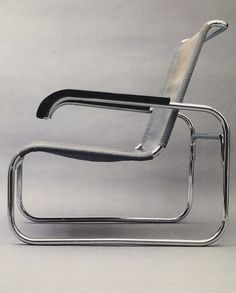 "bauhaus-movement: ""Marcel Breuer's chair reflects the universal appeal movement through its lack of 'decoration' and timeless appeal. Bauhaus Furniture, Modern Furniture, Furniture Design, Bauhaus Chair, Art Deco, Bauhaus Design, Ludwig Mies Van Der Rohe, Marcel Breuer, Design Movements"