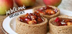 Jablkové tartaletky so slaným karamelom - Coolinári Mini Cakes, Sweet Recipes, French Toast, Cheesecake, Food And Drink, Cupcakes, Pudding, Breakfast, Ethnic Recipes