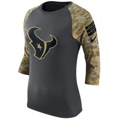 Nike Women's Houston Texans Salute to Service Raglan T-Shirt (135 BRL) ❤ liked on Polyvore featuring tops, t-shirts, nike shirts, camouflage t shirts, faded t shirts, raglan sleeve shirts and raglan t shirt
