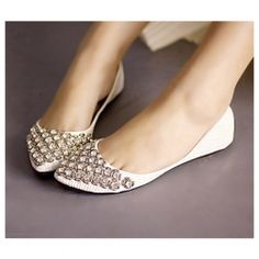 Sweet and Fashionable Style Rhinestone Embellished Pointed Head Design Flat Shoes For Female