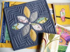 Quilting-potholder-free motion design. Via http://www.flickr.com/photos/monaw/5464407203/in/pool-1533394@N22