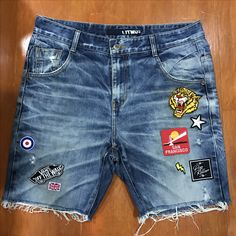 Whisker + Washing Outfit Man, Kids Shorts, Blue Shorts, Kids Boys, Denim Jeans, Badge, Kids Fashion, Clothes, Male Style