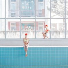 We published the work of the Slovakian photographer Maria Svarbova several times. She keep creating series in swimming pool by making a new collection pf pictu Plastic Swimming Pool, Swimming Pool Signs, Swimming Pool Pictures, Above Ground Swimming Pools, Pix Art, Cinematic Photography, Diving Board, Photoshoot Inspiration, Belle Photo