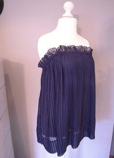 Kaufe meinen Artikel bei #Kleiderkreisel http://www.kleiderkreisel.de/damenmode/kurze-kleider/136715820-romantisches-blaues-kleid-mit-plissefalten
