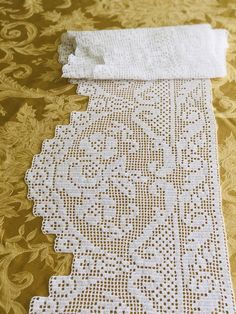 Filet Crochet, Crochet Borders, Hand Crochet, Crochet Patterns, Crochet Curtains, Bobble Stitch, Chrochet, Craft Tutorials, Crochet Projects