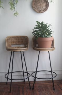 The stools are in good vintage condition with slight fading to the wicker in places. The chairs are sturdy and the swivel joints are in good