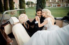 Georgia, Wedding Dresses, Instagram, Lifestyle, Artist, Fashion, Waltz Dance, Bridal Dresses, Moda