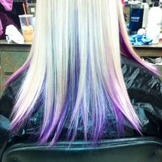 wish i could pull off blonde hair so i could do this