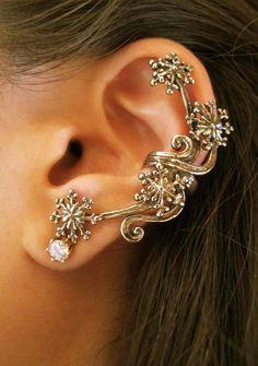 Bronze Starburst Ear Cuff. $34.00, via Etsy.