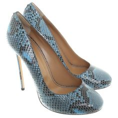 Pre-owned High Heels Python Leather ($355) ❤ liked on Polyvore featuring shoes, blue, round toe shoes, dsquared2 shoes, high heel shoes, spiked heel shoes and round cap