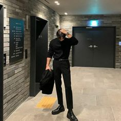 Korean Fashion Men, Korean Street Fashion, Boy Fashion, Fashion Outfits, Korean Men Style, Stylish Mens Outfits, Cool Outfits, Casual Outfits, Mode Chic