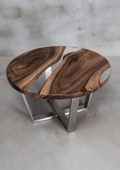 Custom resin table made of European walnut, round live edge table with transparent UV resin, epoxy table with brushed steel legs. - Custom resin table made of European walnut round live edge