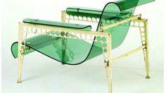 Graden Chair. Projetada em 1936 por Jean Prouvé e Jacques André, ela nunca foi produzida. Usando uma combinação de aço e vidro acrílico. a ideia deles era a aplicar ao mobiliário as inovações de alta tecnologia que floresciam na arquitetura,
