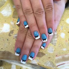"Even adults will love this Disney nail art. If you feel like you're too old to wear bows in your hair, wear them on your nails instead. This prim and pretty manicure will make your friends ""all mad"" with envy."