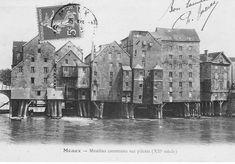 Meaux, Moulins construits sur pilotis (XII siècle)