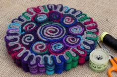 """Wool Fiber Facts – """"The Traditional Area Rug Favorite"""" – How To Choose An Area Rug Felted Wool Crafts, Felt Crafts, Crafts To Make, Wool Mats, Wool Rug, Yarn Flowers, Rug Hooking Patterns, Recycled Sweaters, Fabric Rug"""