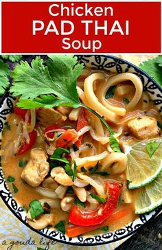 Chicken Pad Thai Soup ~ spicy, lightly sweet with a hint of tangy lime and loaded chicken, noodles, veggies and layers of flavor! Quick and easy 30 minute meal with gourmet taste! Asian Recipes, Healthy Recipes, Ethnic Recipes, Healthy Soups, Quick Healthy Lunch, Thai Soup, Chicken Flavors, Chicken Recipes, Chicken Noodles