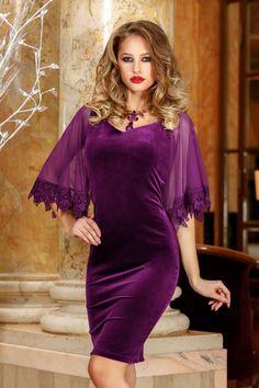 Simple Dresses, Beautiful Dresses, Velvet Fashion, Fashion Dresses, Cold Shoulder Dress, Cute Outfits, High Neck Dress, Gowns, Womens Fashion