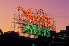 The iconic ALLEN'S lollies (Sweets) neon sign in South Melbourne, Victoria was dismantled a while ago. Melbourne Victoria, Victoria Australia, Melbourne Australia, Australia Travel, Vintage Neon Signs, Terra Australis, Old Signs, Advertising Signs, Neon Lighting