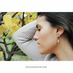 🔸PENDIENTES ZONE (17,95€)🔸 Descubre nuestra bonita colección de pendientes: www.deplanoodetacon.com
