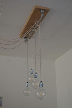 Lamp voor boven de eettafel | in hoogte verstelbaar | met 4 lampen (of zo veel als je wilt) | stoere hanglamp met gloeilampen en strijkijzersnoer | VanStoerHout