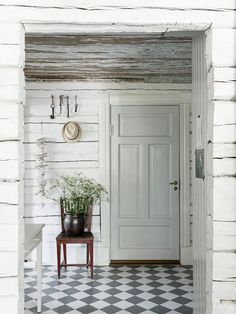 my scandinavian home: swedish cottage Swedish Cottage, Country Cottage, House Design, Scandinavian Home, Swedish Farmhouse, Cottage Interiors, Swedish Interiors, Scandinavian Doors, My Scandinavian Home