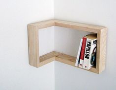 corner-shelf-kulma-martina-carpelan