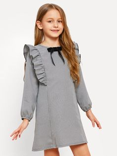 To find out about the Girls Bow Embellished Ruffle Trim Dress at SHEIN, part of our latest Girls Dresses ready to shop online today! Frocks For Girls, Little Girl Dresses, Girls Dresses, Frock Design, Kids Fashion, Fashion Outfits, Fashion Trends, Houndstooth Dress, Plaid Dress