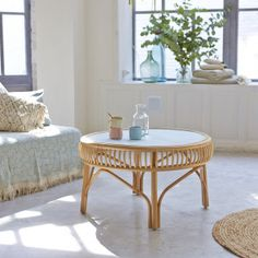 Where to find a round rattan coffee table - Table basse bois - Cane Furniture, Bamboo Furniture, Solid Wood Furniture, Recycled Furniture, Mahogany Coffee Table, Rattan Coffee Table, Rattan Side Table, Bamboo Table, Rattan Sofa