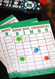 FREE printable super bowl party bingo cards. Football party fun!
