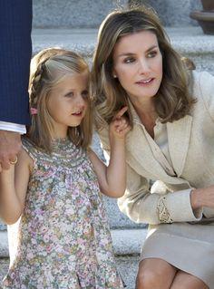 Retrato de Leonor, Princesa de Asturias - Un instante de confidencias con su madre