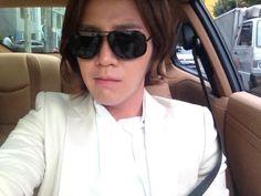@AsiaPrince_JKS: 2012.8.13 Twitter ベルトの色が気に入らない…