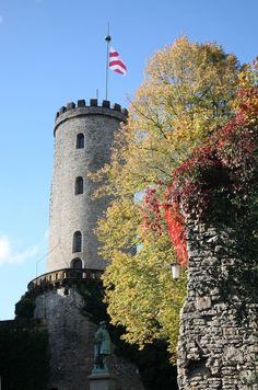 Turm der Sparrenburg (13. Jahrhundert), Wahrzeichen der Stadt #Bielefeld