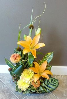 fall flower design | Beautiful early fall flower arrangement by Floral Design in Post Falls ...