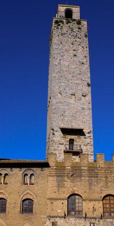 San Gimignano, Tuscany #uwtmobile #travel #travelcompanion